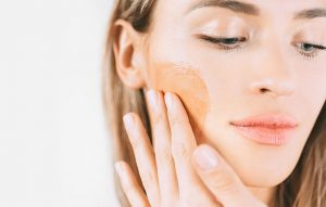 Best Face Self Tanners For Acne Prone Skin